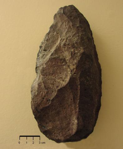 Bifacial hand-axe (late Pleistocene, <500 000 years)